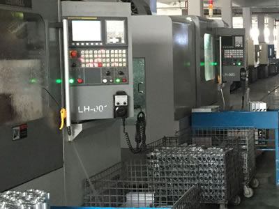 CNC精加工设备